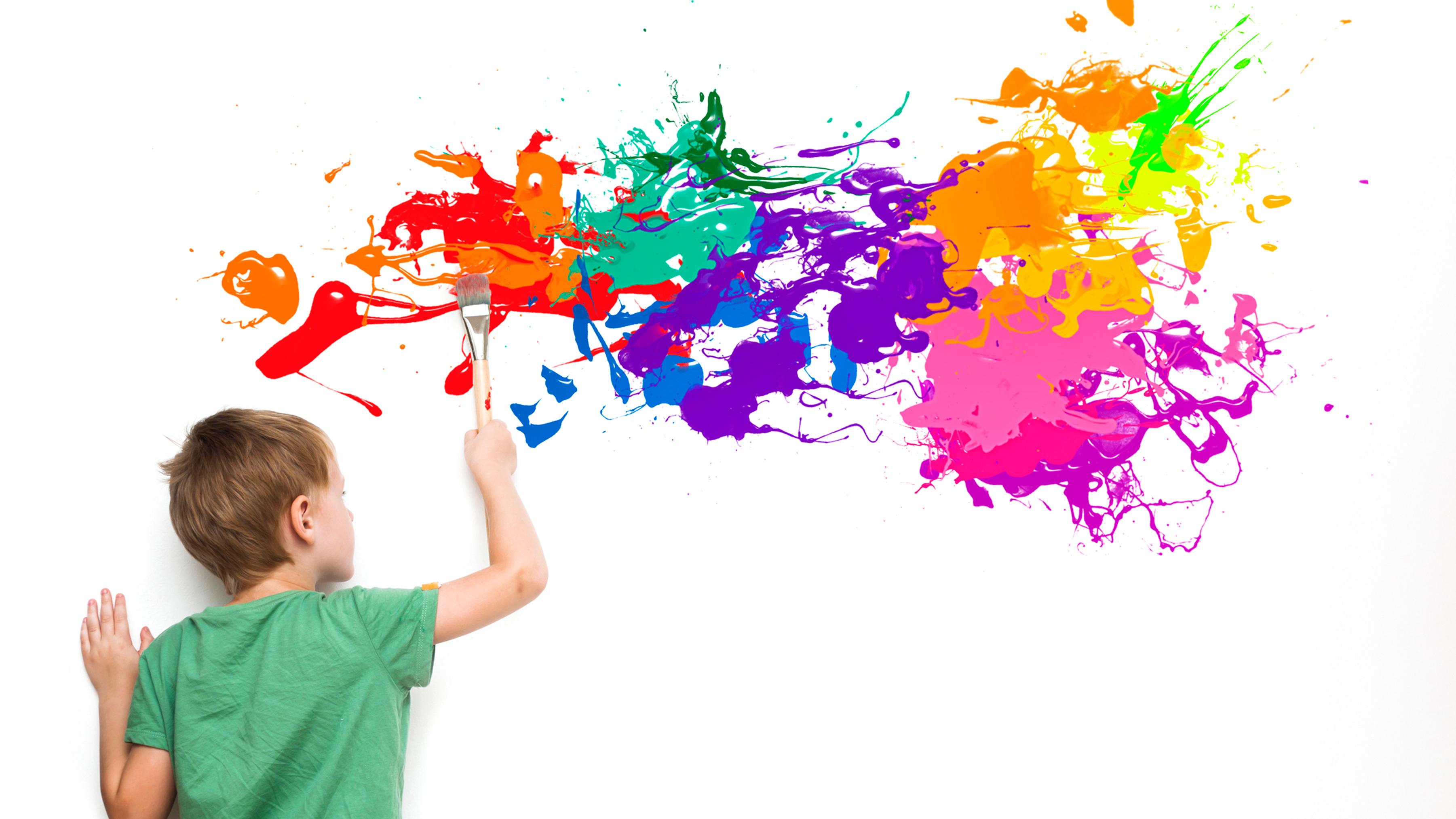 Niño Pintando 1 - La Creatividad es una actitud