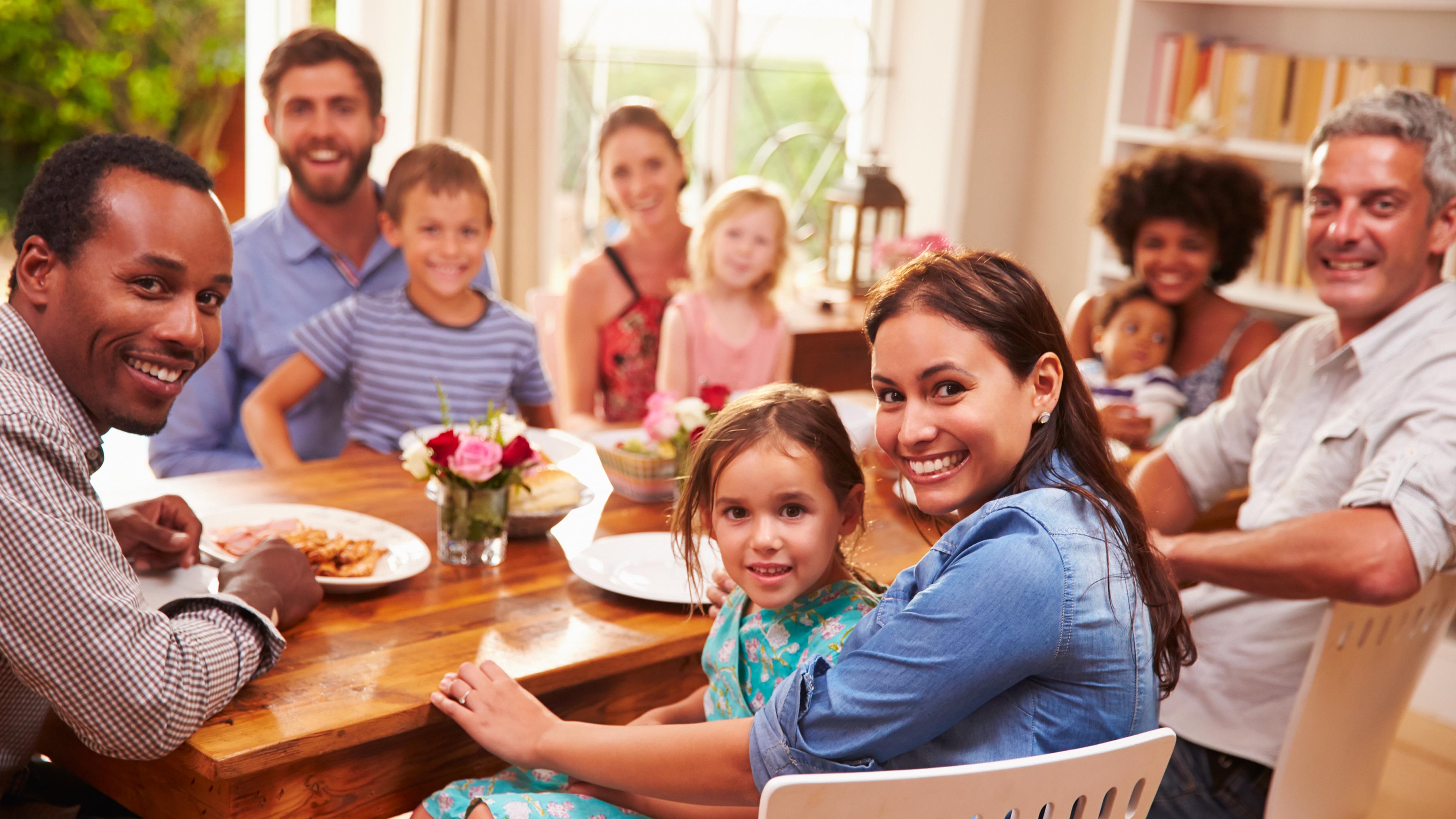 Pasa más tiempo con tu familia y amigos - 9 Claves para ser feliz
